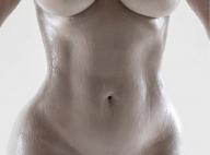 Kim Kardashian : Toute nue pour un moule de son corps de rêve