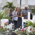 Exclusif - Sylviane (la nounou), Marie Poniatowski, Laeticia Hallyday, un ami, Jade Hallyday et une amie - Laeticia Hallyday est allée déposer des bougies sur la tombe de J. Hallyday avec ses filles Jade et Joy et des amis au cimetière de Lorient à Saint-Barthélemy, le 23 avril 2018.