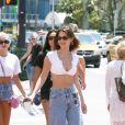 """Bella Hadid, Justine Skye et Hailey Baldwin font du shopping à Miami, le 29 avril 2018. Elles sont allées dans la boutique """"Kith""""."""