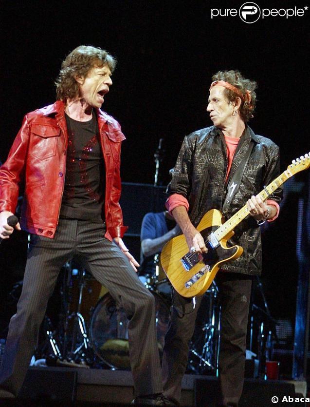 Mick Jagger et Keith Richards sur scène à New-York en septembre 2002