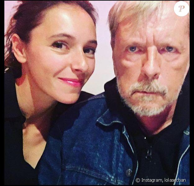 La fille de Renaud, Lolita Séchan, lui souhaite son anniversaire avec un joli cliché de famille publié sur Instagram, ce 11 mai 2018.