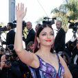 """Aishwarya Rai (bijoux De Grisogono, robe Michael Cinco) - Montée des marches du film """" Les Filles du Soleil """" lors du 71ème Festival International du Film de Cannes. Le 12 mai 2018 © Borde-Jacovides-Moreau/Bestimage"""