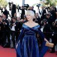 """Helen Mirren - Montée des marches du film """" Les Filles du Soleil """" lors du 71ème Festival International du Film de Cannes. Le 12 mai 2018 © Borde-Jacovides-Moreau/Bestimage"""