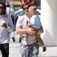 Mark Wahlberg et son fils Michael. 04/04/09