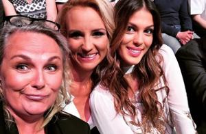 Iris Mittenaere et Élodie Gossuin complices auprès d'une Miss assez unique