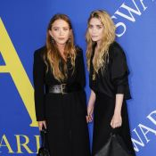 Ashley et Mary-Kate Olsen : Looks sombres et sourires timides aux CFDA Awards