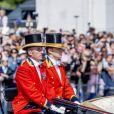 """La reine Elisabeth II d'Angleterre - Les membres de la famille royale britannique lors du rassemblement militaire """"Trooping the Colour"""" (le """"salut aux couleurs""""), célébrant l'anniversaire officiel du souverain britannique. Cette parade a lieu à Horse Guards Parade, chaque année au cours du deuxième samedi du mois de juin. Londres, le 9 juin 2018."""
