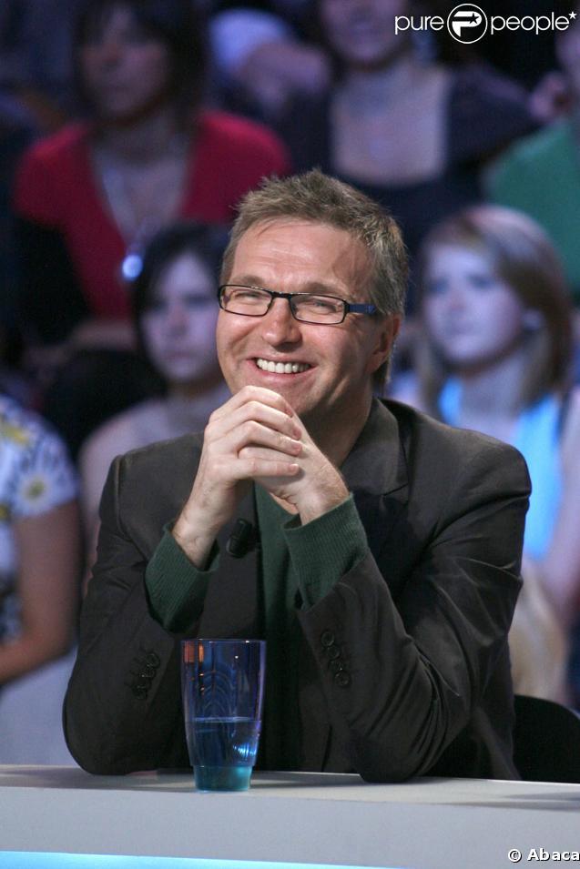 Laurent Ruquier, chroniqueur, animateur de radio et de télévision, parolier, écrivain, scénariste, dramaturge et producteur de spectacles !