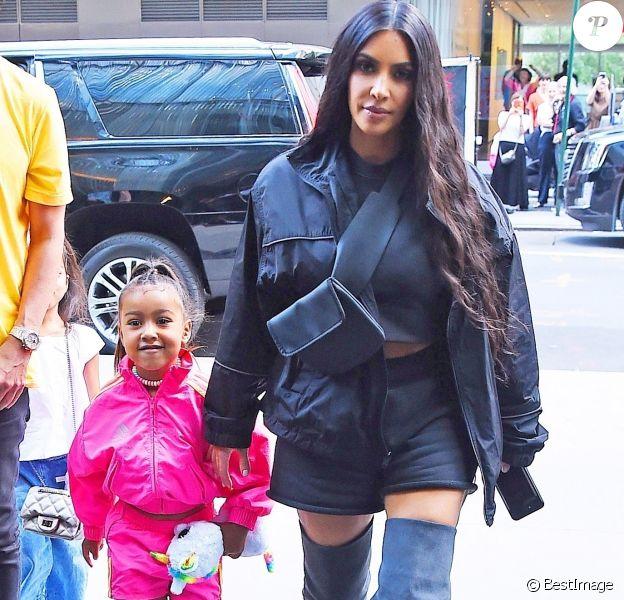 Kim Kardashian et sa fille North West de retour à leur hôtel à New York. Le 14 juin 2018