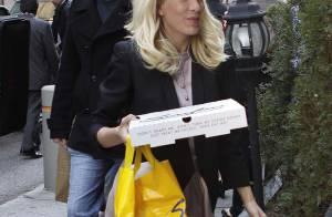 Tori Spelling a une nouvelle passion... la pizza ! Pourtant, elle est toujours aussi maigre !