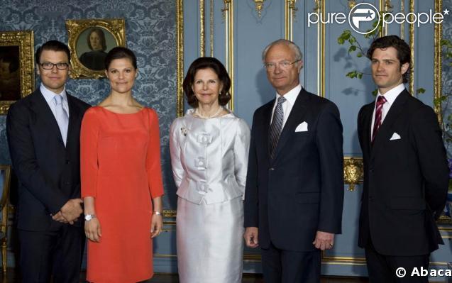 Daniel Westling et Victoria de Suède avec le couple royal, la reine Silvia et le roi Carl XVI Gustav de Suède