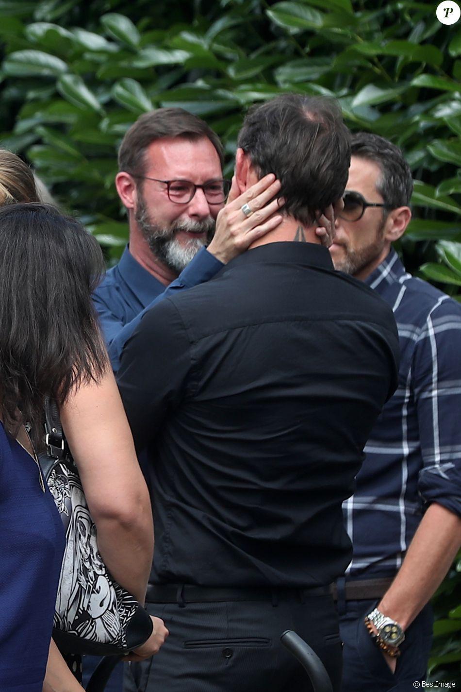 Wilfried Roux (fils de François Corbier) - Obsèques de François Corbier (Alain Roux de son vrai nom) au cimetière de Serez dans l'Eure le 5 juillet 2018.