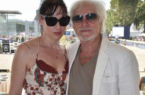 Hugues Aufray et sa jeune chérie, si amoureux au Longines Paris Eiffel Jumping