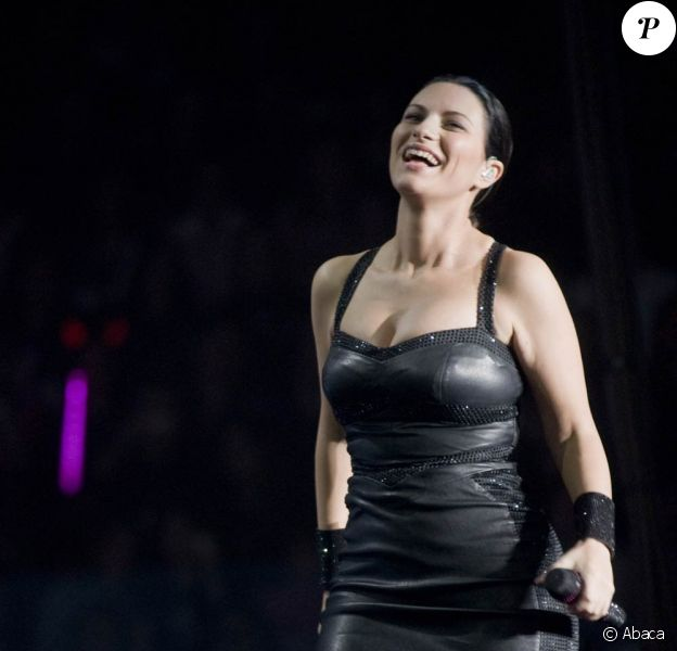 Laura Pausini en concert à Livourne