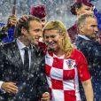 Le président français Emmanuel Macron et la présidente Croate Kolinda Grabar-Kitarovic - Finale de la Coupe du Monde de Football 2018 en Russie à Moscou, opposant la France à la Croatie (4-2) le 15 juillet 2018 © Moreau-Perusseau / Bestimage