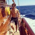 Julien Dereims torse nu en vacances (juillet 2018)