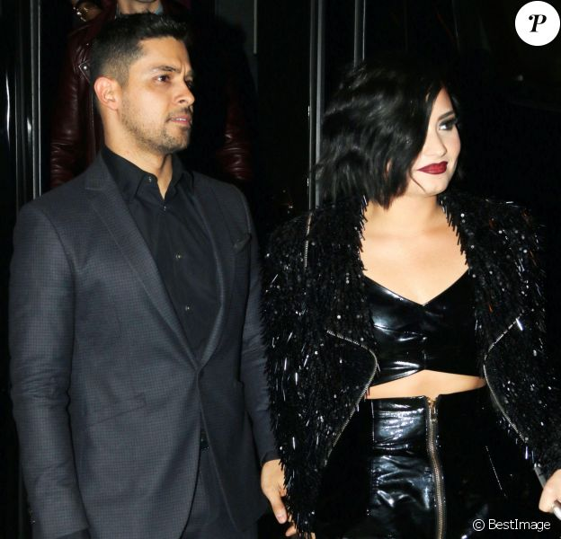 Demi Lovato et son compagnon Wilmer Valderrama - People à l'after party de Jennifer Lopez des American Musics Awards à Hollywood le 22 novembre 2015.
