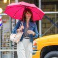 Exclusif - Helena Christensen se promène sous la pluie à New York le 22 mai 2018