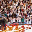 Exclusif - François Hollande et sa compagne Julie Gayet regardent la pièce ART - Festival de Ramatuelle - Pièce ART de Y. Reza le 4 août 2018. Un dîner était donné à l'issue de la représentation. © Cyril Bruneau / Festival de Ramatuelle / Bestimage