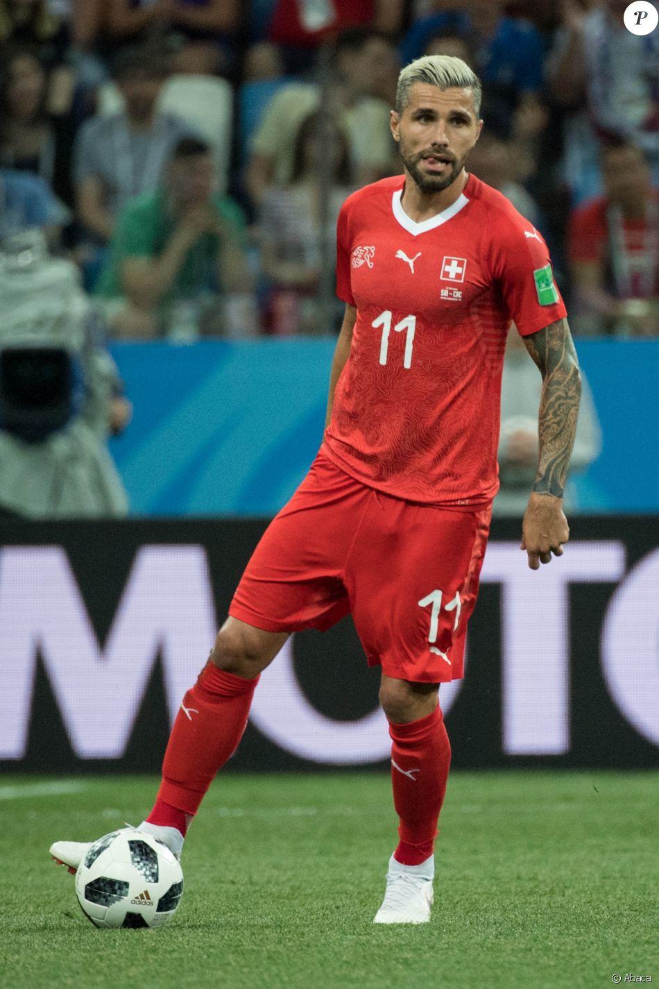 Valon Behrami lors de la Coupe du monde 2018 en Russie avec l'équipe de Suisse.