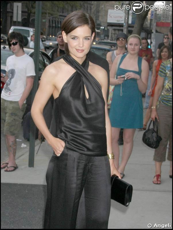 Katie Holmes est de sortie à New York ! 26/04/09