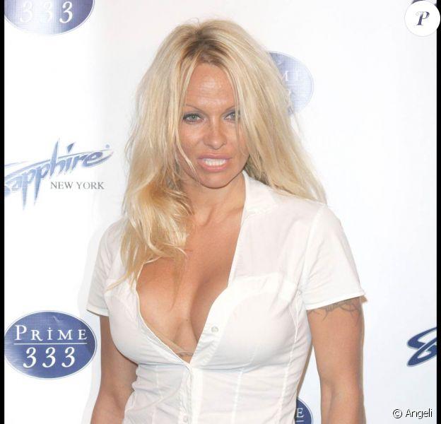 Pamela Anderson, à l'inauguration du Sapphire Gentlemen's Club de New York, le 27 avril 2009 !