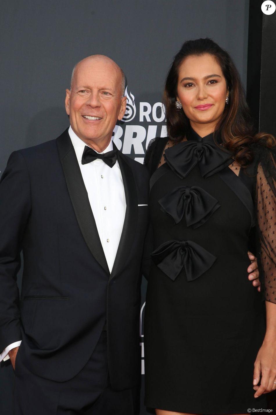 Bruce Willis et sa femme Emma Heming à la soirée Comedy Central Roast Of B. Willis au Palladium à Hollywood, le 14 juillet 2018