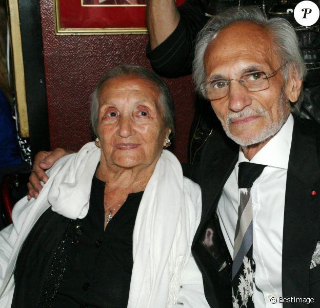 Exclusif - Rosa Bouglione avec son fils Emilien - Michou fête son 84ème anniversaire dans son cabaret à Paris le 18 juin 2015.