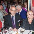 Les artistes de cirque Emilien et Rosa Bouglione - Michou fête son 84ème anniversaire dans son cabaret à Paris le 18 juin 2015.