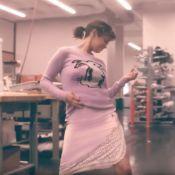 Selena Gomez : Actrice, chanteuse... et collègue de bureau déchaînée !
