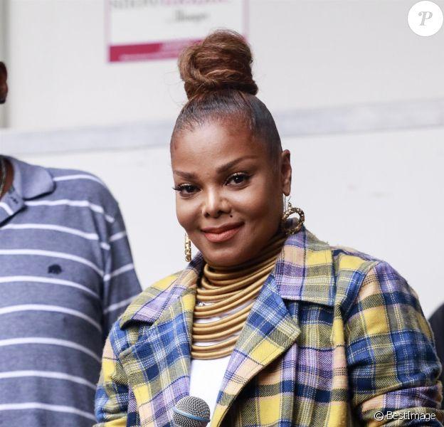 """Janet Jackson et Daddy Yankee font la promotion de leur nouveau titre """"Made For Now"""" lors du la 44ème """"Harlem Week"""" à New York, le 18 août 2018. -"""