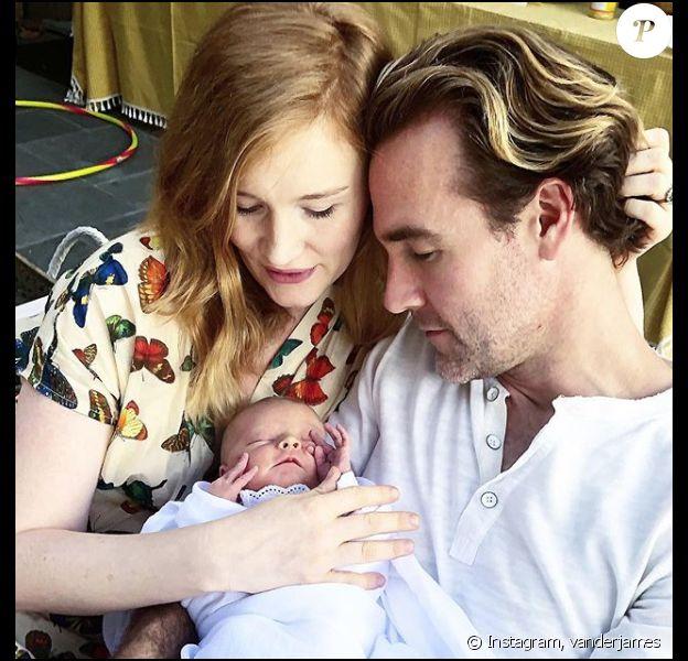 James Van Der Beek, heureux papa de cinq enfants se confie sur les fausses couches de sa femme Kimberly sur Instagram, le 8 septembre 2018.