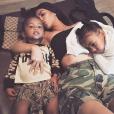 Saint West avec sa mère Kim Kardashian et sa soeur North sur une photo publiée le 21 août 2017