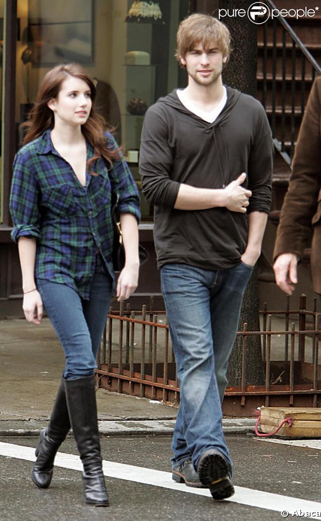 Chace Crawford sur le tournage de Twelve en compagnie d'Emma Roberts, le 4 mai 2009 à New York !