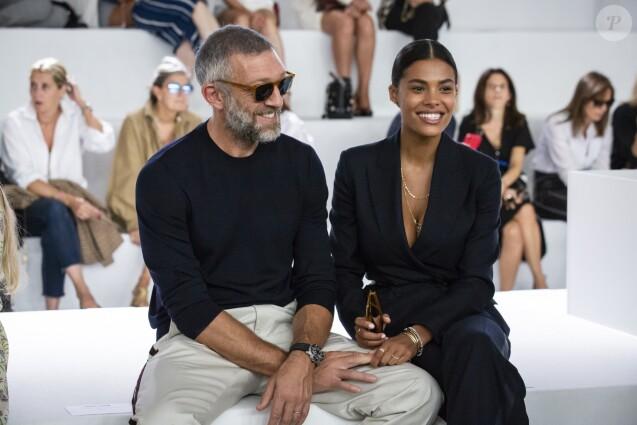 Vincent Cassel, Tina Kunakey au défilé Roberto Cavalli lors de la Fashion Week de Milan prêt-à-porter printemps/été 2019 le 22 septembre 2018.