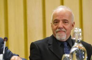 Paulo Coelho : drogue, femme, argent, l'auteur se livre... comme jamais !