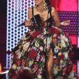 """Cardi B (Meilleure chanson rap/hip-hop pour """"Bodak Yellow"""") à la soirée 2018 American Music Awards au Microsoft Theater à Los Angeles, le 9 octobre 2018."""