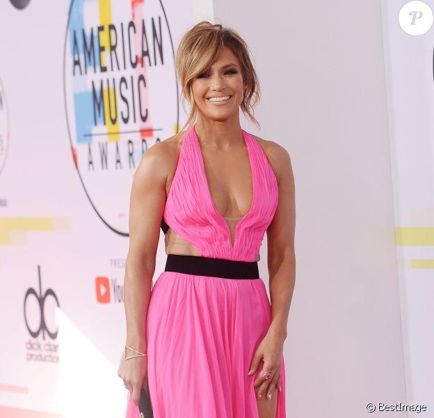 Jennifer Lopez à la soirée 2018 American Music Awards au théâtre Microsoft à Los Angeles, le 9 octobre 2018