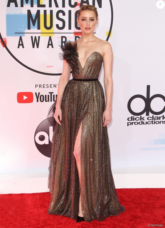 Amber Heard à la soirée 2018 American Music Awards au théâtre Microsoft à Los Angeles, le 9 octobre 2018