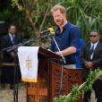Le prince Harry et Meghan Markle au Tupou College de Tonga lors de leur tournée officielle, le 26 octobre 2018.