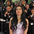 Hafsia Herzi  monte les marches pour l'ouverture du 62e Festival de Cannes