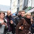 Le président de la République française Emmanuel Macron et sa femme la Première Dame Brigitte Macron en week-end de 3 jours à Honfleur le 1er novembre 2018. Le couple présidentiel s'est rendu en début d'après-midi au Bistro des Artistes dans la vieille ville de Honfleur (Calvados) avant de déambuler dans les rues de la ville, saluant des passants et posant pour des selfies.
