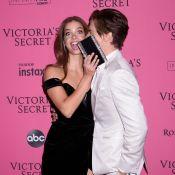 Barbara Palvin : Gâtée par son chéri avant le défilé Victoria's Secret