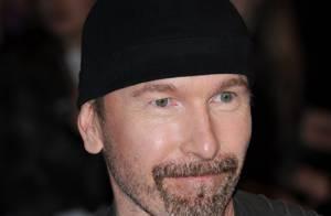 Les stars de Malibu contre le guitariste de U2 !