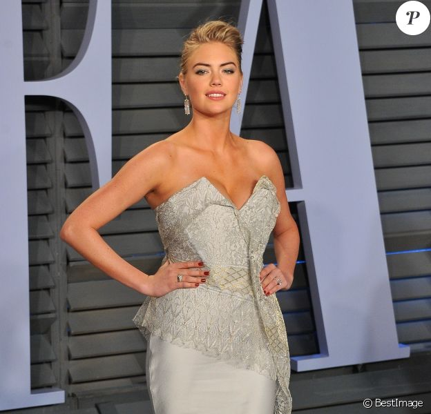 """Kate Upton - Les célébrités arrivent à la soirée """"Vanity Fair Oscar Party"""" organisée par Radhika Jones à Beverly Hills le 4 octobre 2018"""