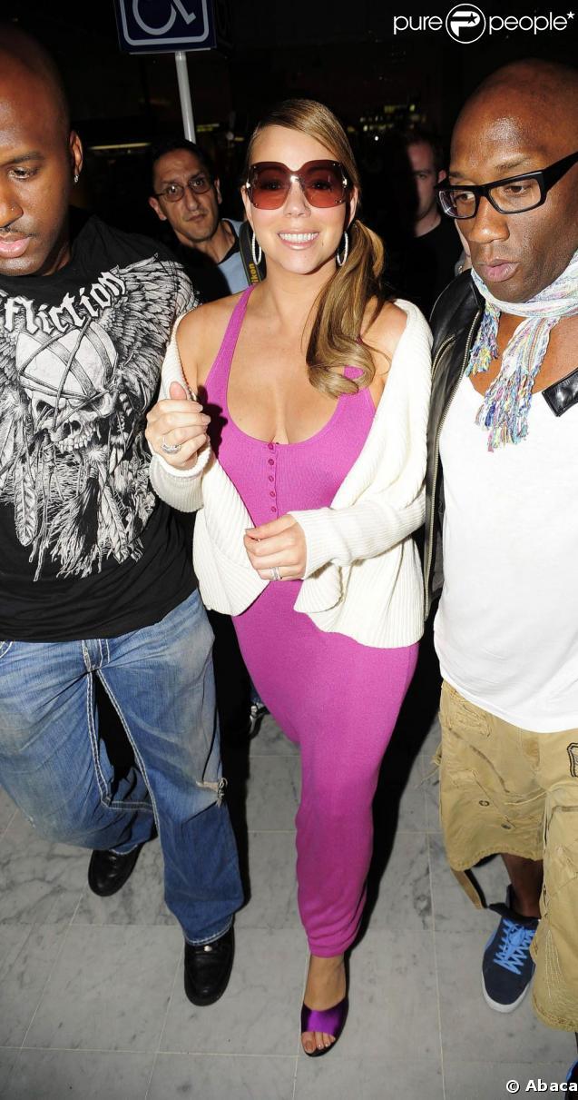 Mariah Carey et son personnel arrivent à Nice. 14/05/09
