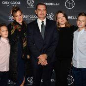 """Camille Gottlieb : """"Safe"""" avec son père Jean-Raymond, sa femme et ses enfants"""