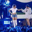 """Miley Cyrus et sa soeur Noah en concert au """"iHeart Summer 17"""" à Miami. le 10 juin 2017 10/06/2017 - Miami"""