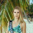 Miss Poitou-Charentes en maillot de bain lors du voyage Miss France 2019 à l'île Maurice, en novembre 2018.