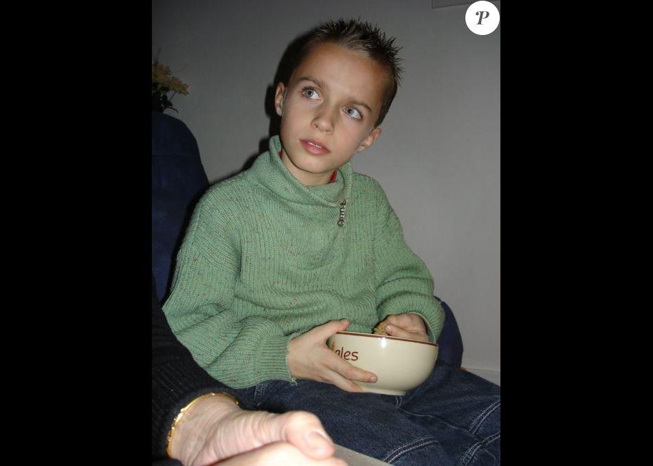 Qui est cet enfant devenu star de Youtube ?